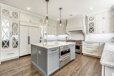 One of the more popular renovations for many homes is a kitchen renovation. See these remodeling Kitchen ideas before you start your remodeling. Hamptons Kitchen, The Hamptons, White Kitchen Cabinets, Kitchen White, Kitchen Island, Key Kitchen, Remodeling Contractors, Kitchen Remodeling, Remodels