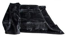Španielska deka čierna hrubá Blankets, Leather Jacket, Pants, Fashion, Studded Leather Jacket, Trouser Pants, Moda, Leather Jackets, Fashion Styles