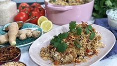 It may be cold outside but Phil Vickery is giving us the chance to warm up with his spicy, one-pot biryani and after Marks & Spencer got themselves in hot water for their version of a biryani wrap, Phil talks us through the classic ingredients. Phil Vickery Recipes, Salmon Curry, Food And Thought, Curry Spices, Indian Food Recipes, Ethnic Recipes, Food Test, Middle Eastern Recipes, Morning Food