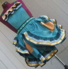 STFU!! Folklorico Apron! Ive never needed anything more than this! :oD