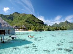 Island-Hopping in French Polynesia: What to See in Bora Bora, Moorea, and Tahiti Vacation Places, Places To Travel, Travel Destinations, Italy Vacation, Bora Bora, Tahiti French Polynesia, Polynesian Islands, Overwater Bungalows, Romantic Vacations