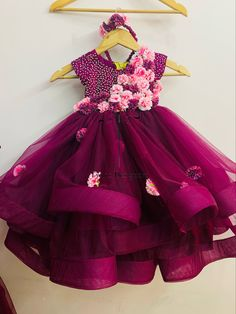 Baby Girl Frocks, Frocks For Girls, Dresses Kids Girl, Kids Outfits, Baby Dresses, Kids Dress Wear, Kids Gown, Kids Wear, Mother Daughter Dresses Matching