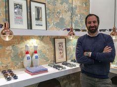 Oggi l'inaugurazione dell'occhialeria in piazza Battisti dove si potrà acquistare tutto ciò che è all'interno. Il fondatore De Vecchi: «Formula ideale per i giovani»