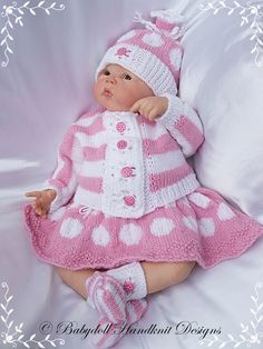 """'Spots & Stripes' Outfit 16-22"""" doll/0-3m baby-knitting pattern reborn, knitting pattern, doll, baby"""