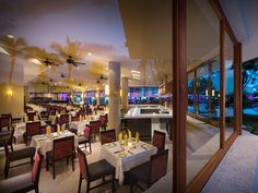 Toro+Restaurant+at+Hard+Rock+Hotel+Vallarta.+