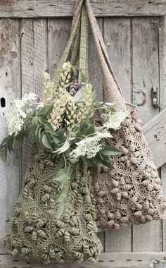 """New Cheap Bags. The location where building and construction meets style, beaded crochet is the act of using beads to decorate crocheted products. """"Crochet"""" is derived fro Free Crochet Bag, Crochet Gratis, Love Crochet, Knit Crochet, Crochet Bags, Beautiful Crochet, Crochet Flower, Coin Purse Pattern, Purse Patterns"""