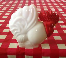AVON-COUNTRY-KITCHEN-DECANTER-Rooster-White-Milk-Glass