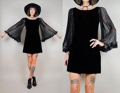 vintage 60's BLACK VELVET sheer bell sleeve door NOIROHIOVINTAGE