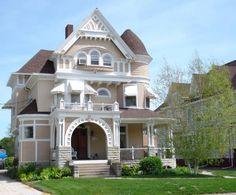 1896 Queen Anne located at: 545 N Prairie St, Galesburg, IL 61401