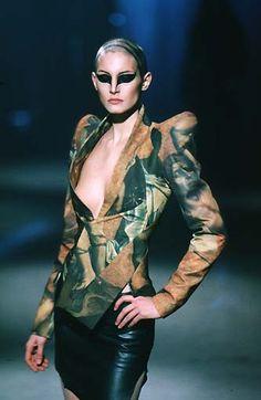 Alexander McQueen Fall/Winter 1997