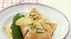 Bärlauch-Ravioli mit Zitronenöl