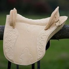 Amazonas sadel, Jeanne D`Arc, creme  Oh my that's a beautiful saddle