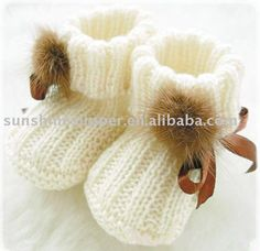 Knitted baby booties. LOVE! Can someone who can actually knit make these, please??