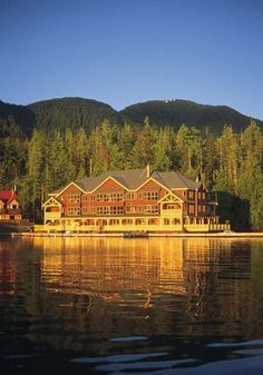 King Pacific Lodge, A Rosewood Resort in Princess Royal Island, BC, Canada - Providing the ultimate in luxury adventure travel and ecotourism vacations from its location in the heart of the Great Bear Rainforest on the west coast of British Columbia, Canada. As a luxury wilderness lodge, this is an unsurpassed eco adventure travel destination.