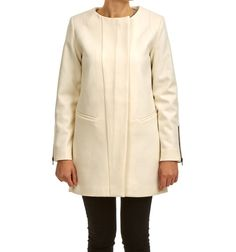 HANNA JACKET OFFWHITE via Jascha online store. Click on the image to see more!
