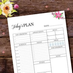 Set and achieve your daily goals with this simple, elegant and minimalistic daily planner. FITS: - US Letter paper size (8.5 x 11 in, 215.9 x 279.4 mm) - A4 paper size (8.27 × 11.69 in, 210 × 297 mm) - A5 paper size (5.8 x 8.3 in, 148 x 210 mm)  ═════════════════════════════════