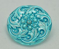 Button Czech Glass Button Vintage Button by BanglesAndButtons