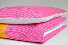 Komplet bawełnianej pościeli dziecięcej RAMPAMPONI. Uszyty, z największą starannością w Polsce, z najlepszej jakości bawełny - tkanina nie traci koloru i nie farbuje w praniu. 100% praca naszych...