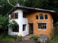 Casa feita com técnica COB