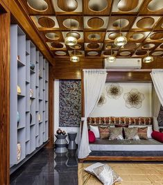 A Colourful Abstract Art-Filled Home in Ahmedabad - Ceiling design Wooden Ceiling Design, Ceiling Design Living Room, Bedroom False Ceiling Design, Wooden Ceilings, Home Ceiling, Bedroom Ceiling, Ceiling Ideas, Design Bedroom, Interior Design Blogs