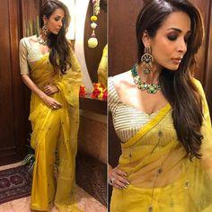 Unique Bridal Lehenga designs that is every Bride's pick in Designer Sarees Wedding, Saree Wedding, Bridal Lehenga, Lehenga Designs, Saree Blouse Designs, Blouse Styles, Bollywood Saree, Bollywood Fashion, Indian Dresses