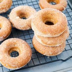 Baked cinnamon sugar donuts {recipe}