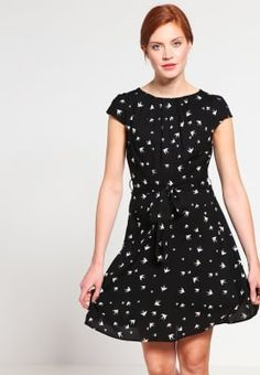 Jurken Dorothy Perkins BILLIE AND BLOSSOM - Korte jurk - black    Zwart: € 41,95 Bij Zalando (op 3-10-16). Gratis bezorging & retournering, snelle levering en veilig betalen!