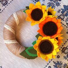 #summer #summertime #flowerpower #sunflower #yarnwreath #ilovefelt