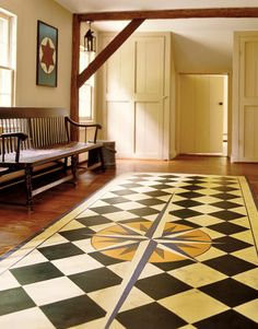 Canvasworks Designs: Mariner's Compass Floorcloth by Lisa Curry Mair.