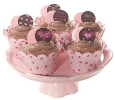 Cute Valentine Cupcakes