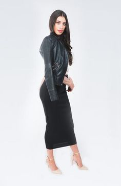 Bobbi Black Slim Skirt Hobble Skirt, Black Lace Tops, Well Dressed, Dress Skirt, Dresses For Work, Slim, Carol Vorderman, Lady, Womens Fashion