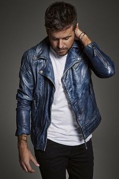 Writer, Mens Fashion, Guys, Denim, Jackets, Coffee Time, Wallpapers, Iphone, Tv