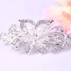 'Clear Simulated Diamond Bridal/Formal Hair Clip ' is going up for auction at 10am Fri, Jul 12 with a starting bid of $7.