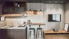 A Modern Industrial Look for a Studio Unit – Top Trend – Decor – Life Style Small Studio Apartment Design, Studio Condo, Condo Interior Design, Small Studio Apartments, Small Space Interior Design, Condo Design, Studio Interior, Apartment Interior, Apartment Ideas