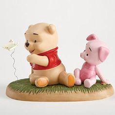 Baby Pooh & Piglet W/ Butterfly