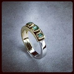 18kt yellow & white gold ring with emeralds handmade by Paolo Brunicardi goldsmith in Tuscany Italy