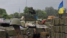 Milicianos abandonan Slaviansk sitiada por las fuerzas de Kiev