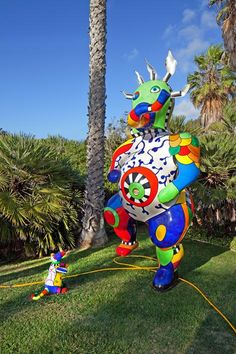 Edwards Sculpture Garden - Museum of Contemporary Art San Diego. Free for anyone under age 25; free for all Thursdays 5-7