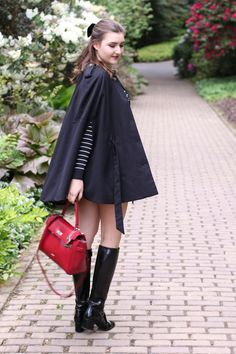 gucci patent leather boots combined with a classic red picard bag | lauracoeur.com