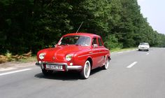 100 autos sur la N7 avec Thierry Dubois, du 09 au 13 juillet de Montargis à Grasse le rallye touristique de 2017-http://www.100autossurlan7.com