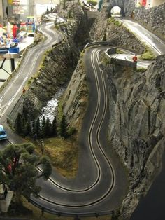 Pont des Miolans track - Page 5 - Slot Car Illustrated Forum Race Car Sets, Slot Car Race Track, Ho Slot Cars, Slot Car Racing, Slot Car Tracks, Race Cars, Race Tracks, Hot Wheels, Track Pictures