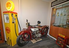 1928 Indian Scout at the Indian Motorcycle Museum Of Australia opens on March 15 at 419 Newman Rd, Geebung. Read all about it on MotorbikeWriter.com (http://motorbikewriter.com/indian-motorcycles-museum-opens/).  Photos by David Cohen - Ultragraphics.com.au