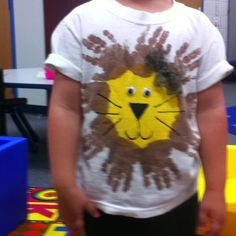 Handprint lion zoo shirts