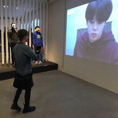 BTS's Jimin watching his own video in their exhibition 'Five, Always Busan, Foto Bts, Bts Photo, Jin Park, Les Bts, Bts Twt, Pre Debut, Bts Aesthetic Pictures, Bts Korea
