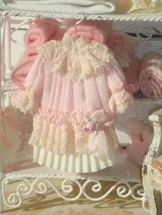 Dollhouse pleated pink girl dress on hang. by ANABELAMINIATURES, €13.00