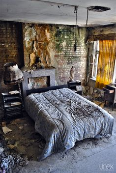 Abandoned Vanneste House