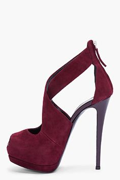 Burgundy Pumps yes please? Dream Shoes, Crazy Shoes, Me Too Shoes, Stilettos, High Heels, Pretty Shoes, Beautiful Shoes, Hot Shoes, Shoes Heels