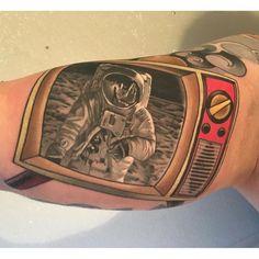 Russ Abbott - amazing astronaut on a retro TV tattoo