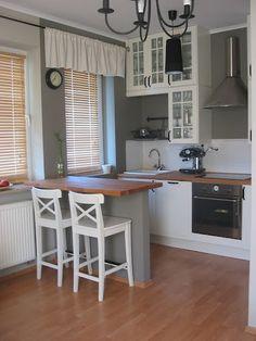 Barek w kuchni z karton gipsu in 2020 Small Apartment Kitchen, Kitchen Redo, Kitchen Remodel, Tiny House Living, Home Living Room, Apartment Interior, Kitchen Interior, Petite Kitchen, Country Kitchen Designs