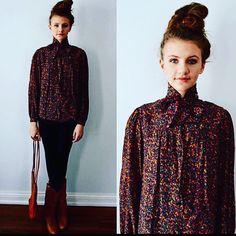 Beautiful Vintage Oscar de La Renta Floral blouse